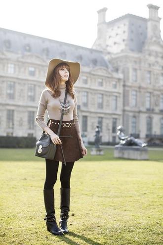 miss pandora blogger sweater skirt shoes jewels hat bag
