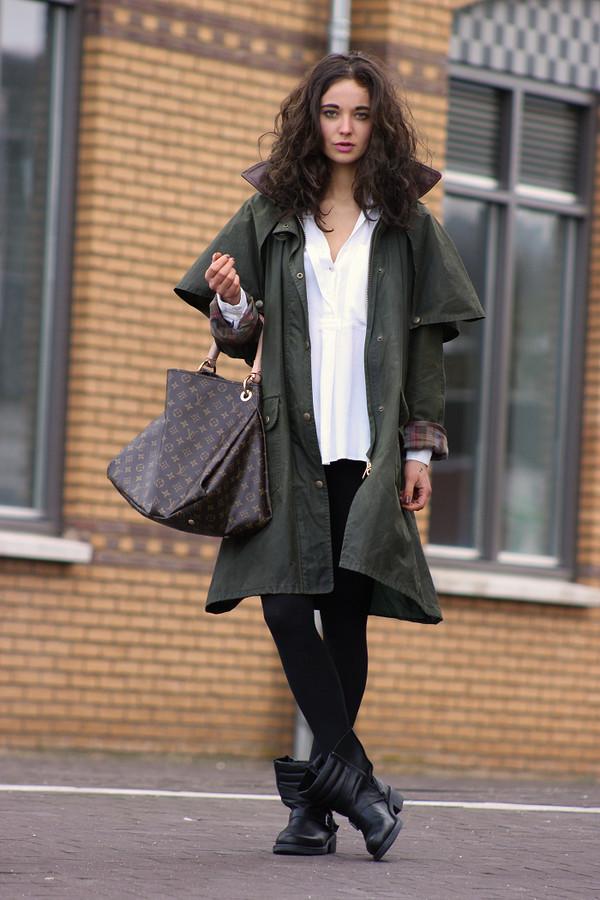 mode d'amour coat blouse shoes bag