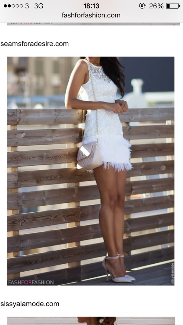 dress white bag woman's shoulder