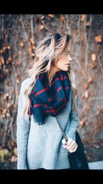 sweater plaid scaf blue sweater scarf patterned scarf grey sweater grey fall sweater blanket scarf infinity scarf warm winter scarf winter outfits winter sweater winter swag fall outfits back to school beautiful cute tumblr tumblr girl tumblr outfit tumblr clothes tumblr sweater blue red bag black bag