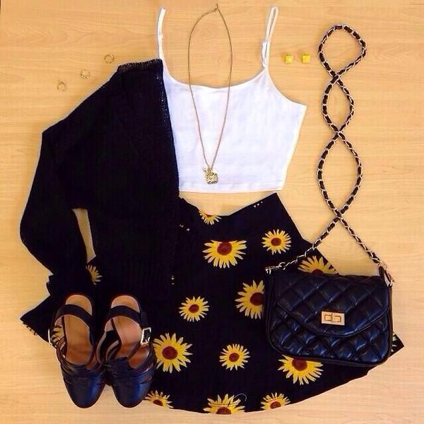 bag skirt shirt both skirt