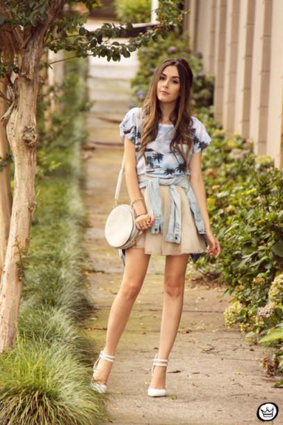 fashion coolture blogger bag palm tree print t-shirt white shoes top shoes