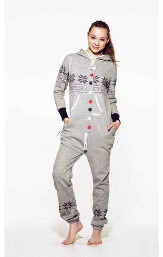 combinaison grey sweater grey pants jacquard sweater