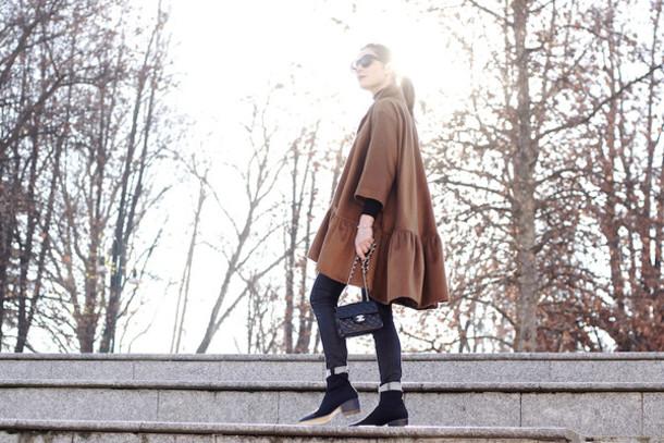 onto my wardrobe blogger coat jeans rust ruffle