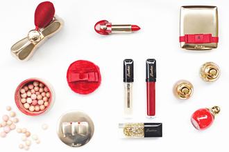 onto my wardrobe blogger make-up nail polish holiday gift girly wishlist classy wishlist red lipstick cosmetics lip gloss