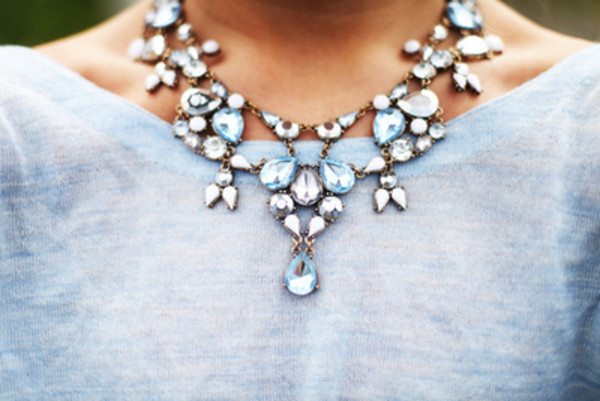 jewels bling diamonds blue silver necklace