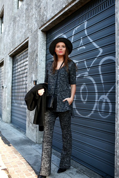 the fashion fruit blogger wide-leg pants charcoal 70s style