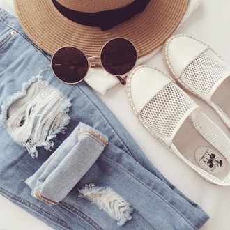shoes sweater sunglasses espadrilles summer outfits jeans summer accessories hat beach shoes white white shoes espedrille flat summer holidays
