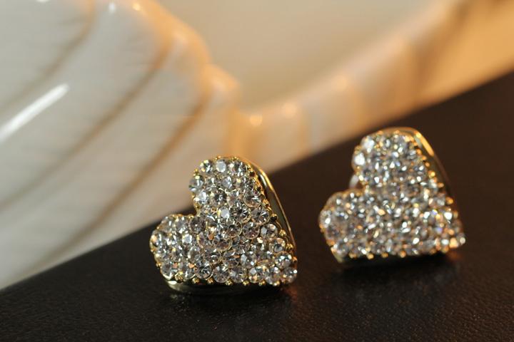 CCE272 New Arrival Korean Jewelry Top Quality Full Rhinestones Love Heart Ear Stud Earrings-in Stud Earrings from Jewelry on Aliexpress.com