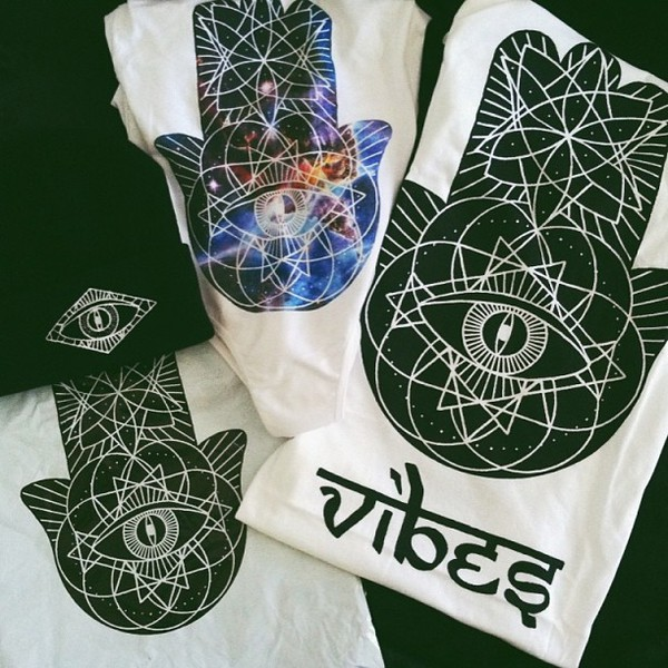 t-shirt vibes hasma hand t-shirt eyes