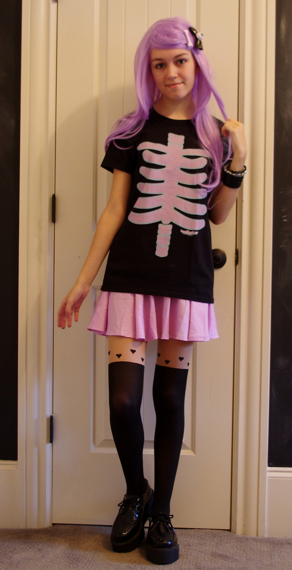 t-shirt kawaii pink cute green grunge skirt t-shirt purple pastel goth clothes nice girl girly tumblr skeleton tights