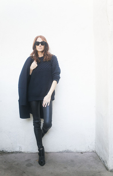 could i have that blogger winter sweater black leather pants