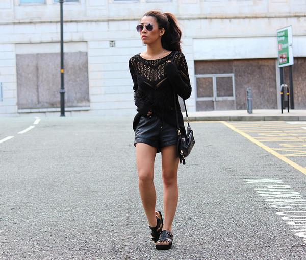 article 21 top shorts bag sunglasses shoes