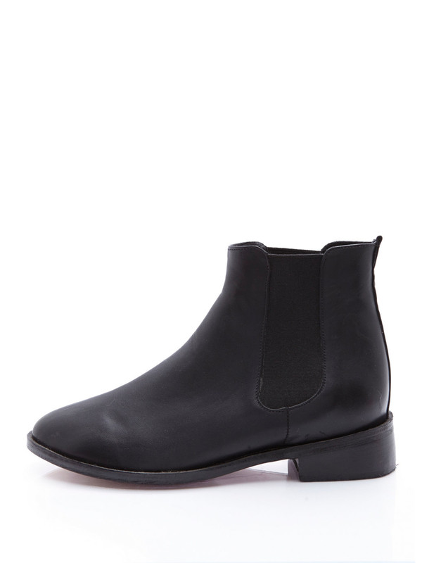 shoes city boots pricey winter outfits fall outfits necesito hipster cheaper version please