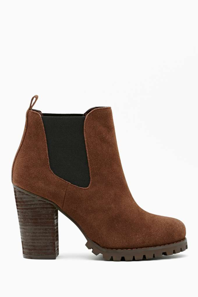 Shoe Cult Ramble Chelsea Boot - Coffee in  Shoes Boots at Nasty Gal