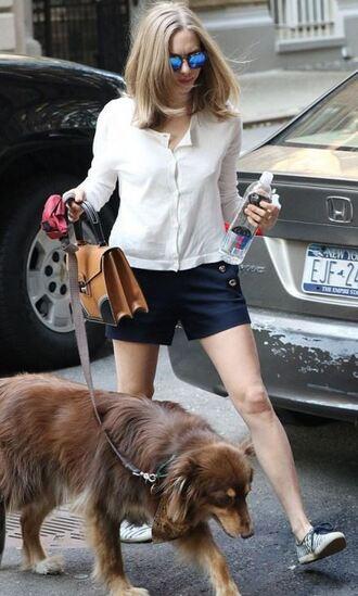 shorts blouse shirt amanda seyfried sneakers sunglasses purse bag
