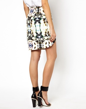 Finders Keepers | Finders Keepers Skirt in Seen it all Graphic Print at ASOS