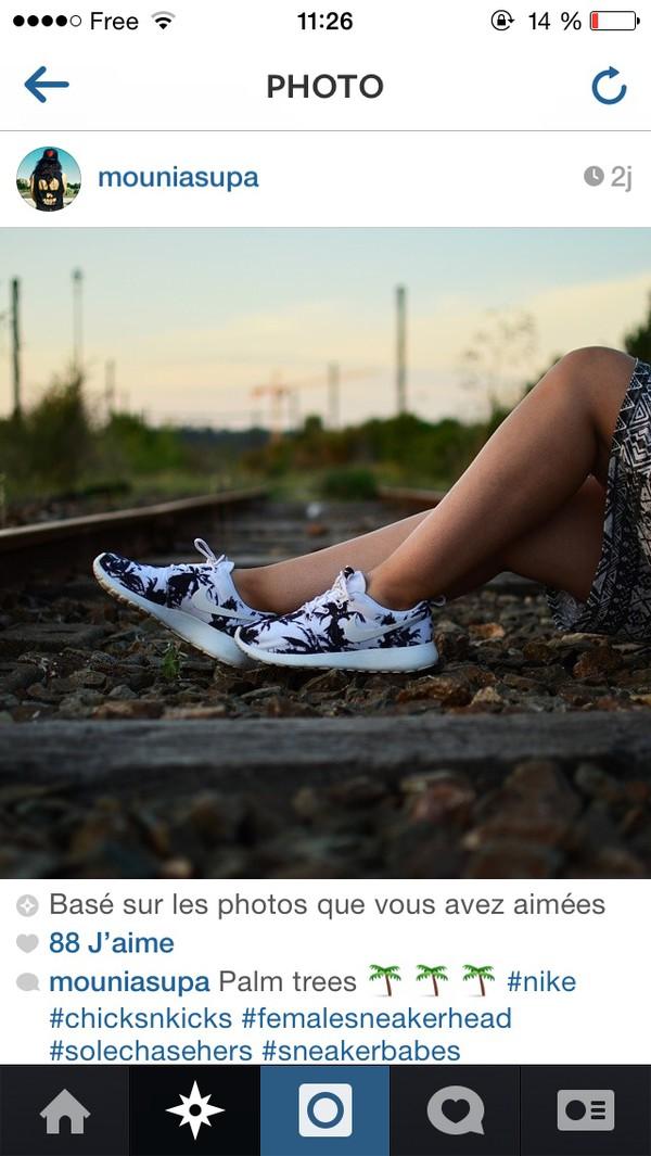 shoes nike hipster running sportswear fit fitness roshes cute kawaii vintage nike roshes floral instagram