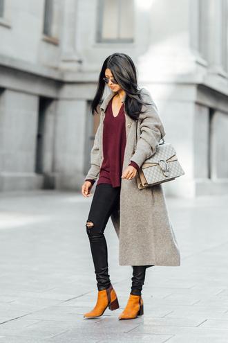 walk in wonderland blogger cardigan jeans shoes bag ripped jeans black jeans
