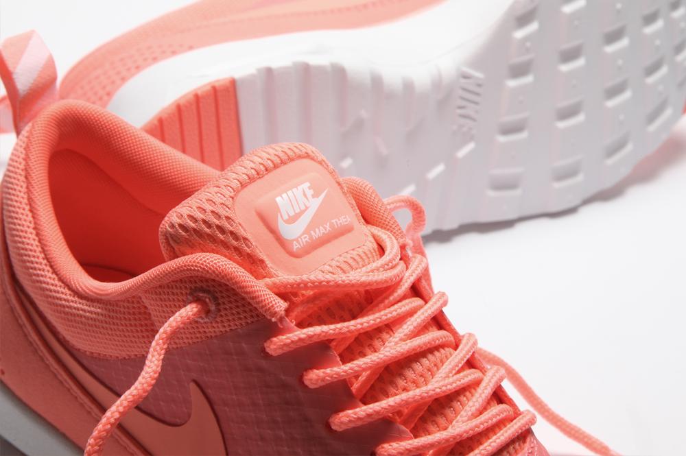 Nike Air Max Thea: Atomic Pink