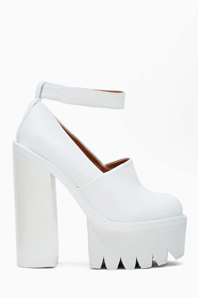 Jeffrey Campbell Scully Platform - White in  Shoes at Nasty Gal