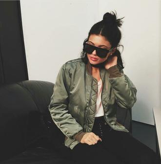 sunglasses kylie jenner bomber jacket khaki jacket jeans khaki bomber jacket