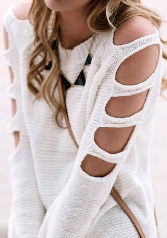sweater girl cut-out cut cutout sweater white white sweater off the shoulder off the shoulder sweater tumblr tumblr girl tumblr clothes cardigan necklace clothes girly white top shirt whit jewels jumper cream hole sleeves pullover cute trendy