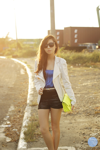 dress jewels shoes sunglasses bag t-shirt jacket shorts kryzuy belt