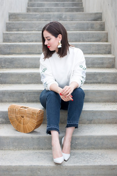 adventures in fashion,blogger,sweater,jeans,bag,shoes,jewels