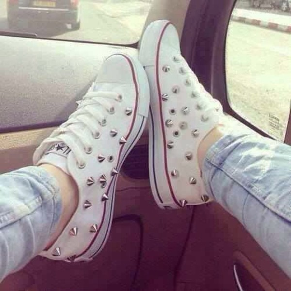 shoes converse converse casual outfit wardrobe want them spikes style lovethem white dress