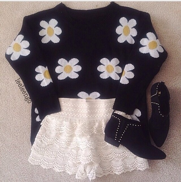 sweater winter sweater oversized sweater shirt flowers pretty cool shirts fashion crochet crochet shorts grunge soft grunge combat boots boots b&w yellow