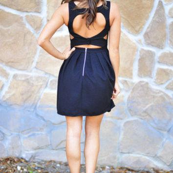 astalind23's save of RESTOCK: Your Favorite Little Dress: Black | Hope's on Wanelo
