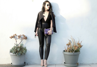 ktr style blogger top pants shoes bag jewels black jacket leather leggings high heel pumps purple bag