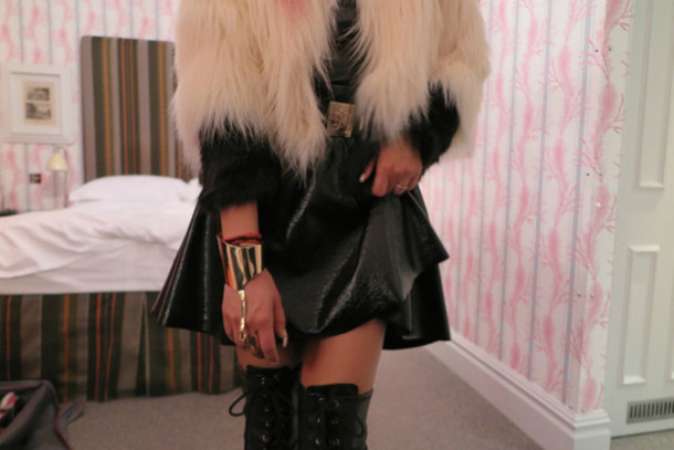 jewels cuff cuff bracelet coat skirt shoes