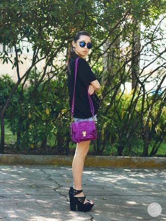 kryzuy t-shirt sunglasses shorts bag shoes jewels