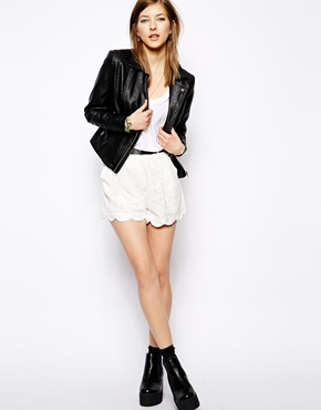 Minkpink | Minkpink Scalloped Lace Shorts at ASOS