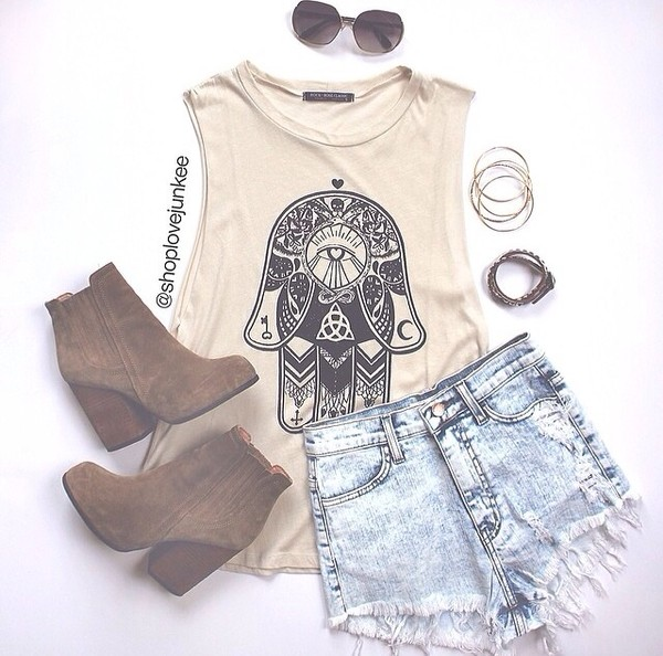 shirt shorts jewels shoes hand cute tan outfit booties\ boots t-shirt indie boho alternative hipster blouse top