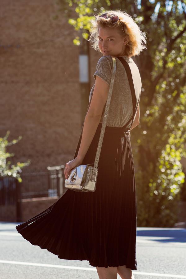 zanita skirt shoes t-shirt bag sunglasses