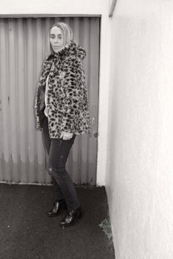 mafalda jacket sweater jeans bag shoes jewels
