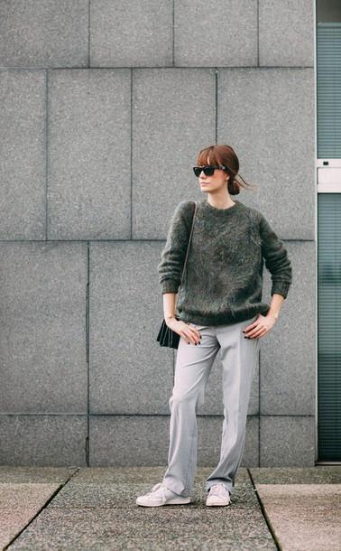 into your closet blogger sweater pants bag shoes