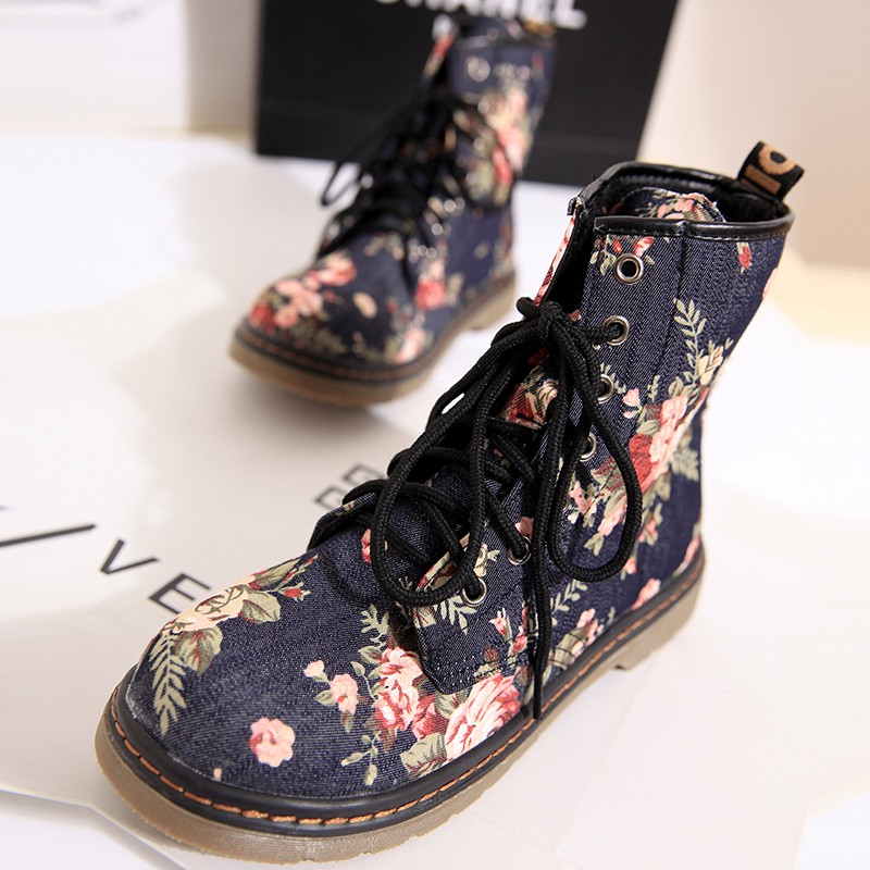 2013 fashion martin boots platform boots broken flower fashion vintage single boots autumn and winter women's shoes boots-inBoots from Shoes on Aliexpress.com
