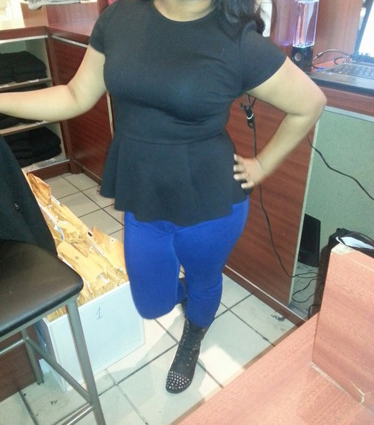 jeans blue jeans black pleplum shirt