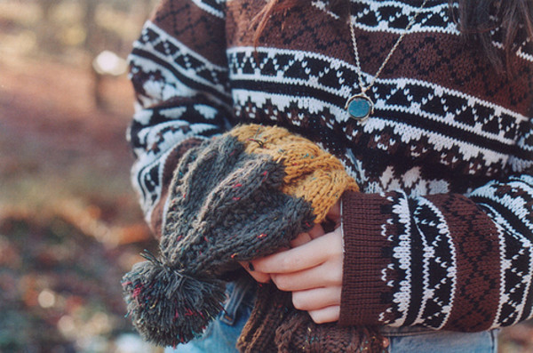 sweater sweater aztec sweater hipster beanie necklace