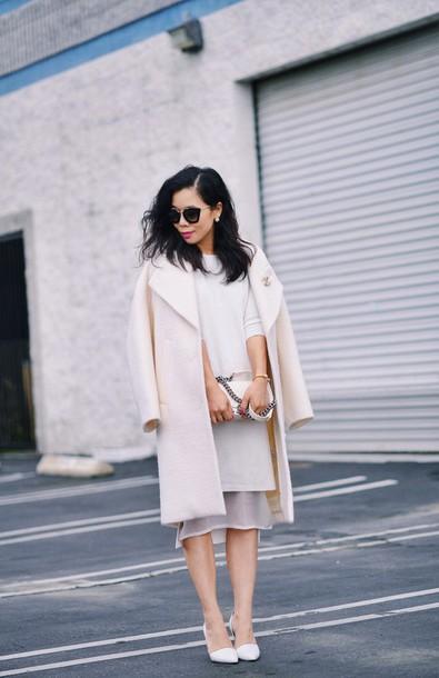 hallie daily blogger sunglasses classy white coat white dress white
