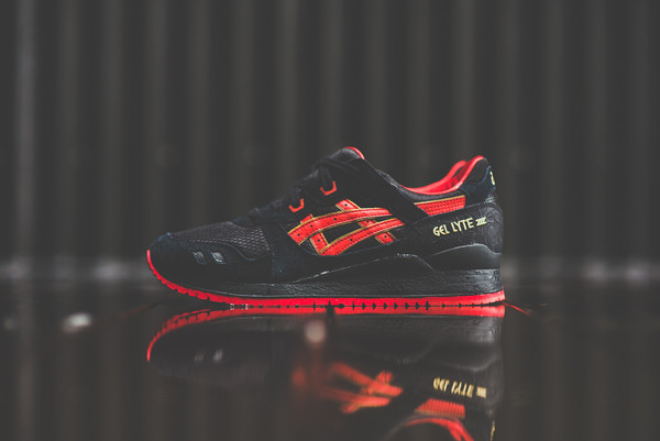 shoes asics gel lyte iii asics women's shoe red black sway