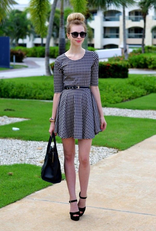 vogue haus dress shoes bag jewels sunglasses