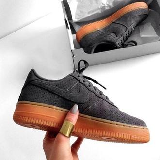 shoes grey nike