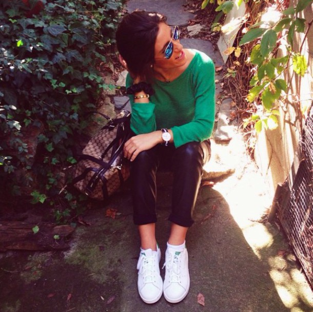 shirt pants t-shirt trainers white sneakers watch glasses bag sweater accessories Accessory outfit bracelets jewels jewelry green black pants green sweater black white sunglasses casual leather pants leather emerald green outfit idea