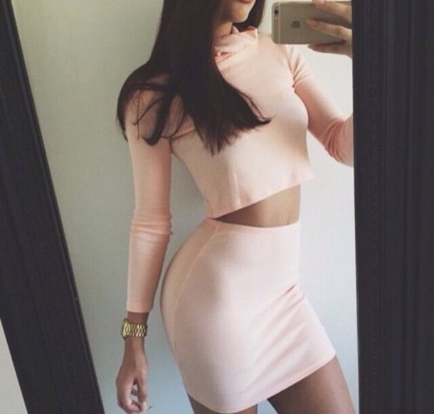 skirt nice casual two-piece cream outfit idea