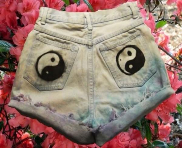 shorts shorts high waisted ying yang tie dye